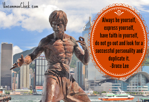 Bruce Lee Statue and Simple Life quote